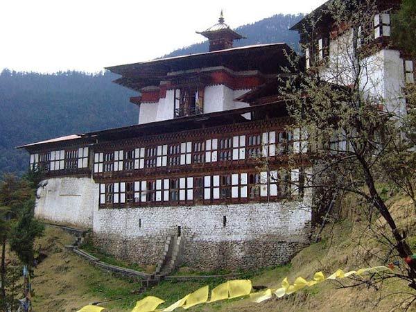 Vé tham quan Bhutan - Khám phá đất nước hạnh phúc nhất